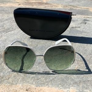 Marc by Marc Jacobs Sunglasses - White (with case)
